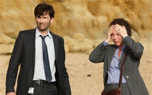 The two primary detectives in Broadchurch